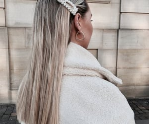 streetstyle, loveit, hairstyle and girl - image #7778228 on Favim.com