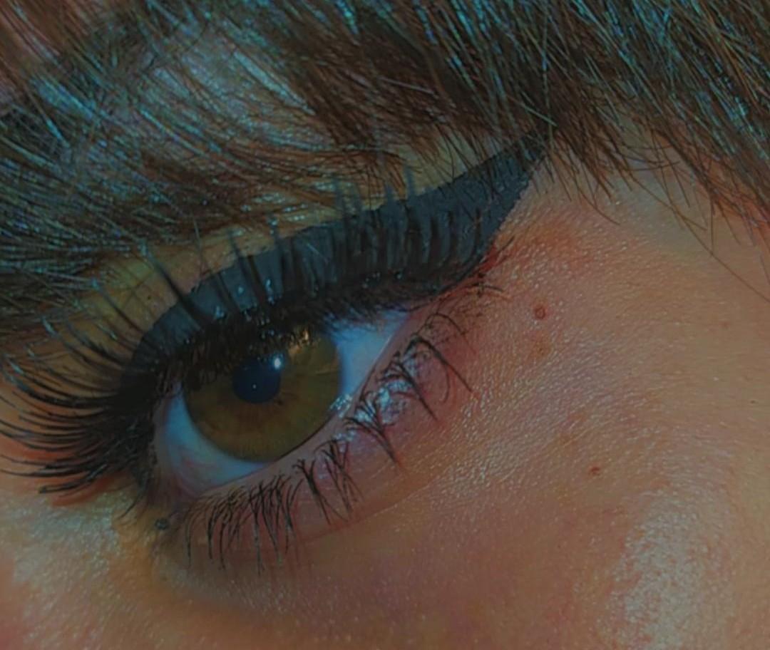 aesthetic, eyeliner, and lovely image
