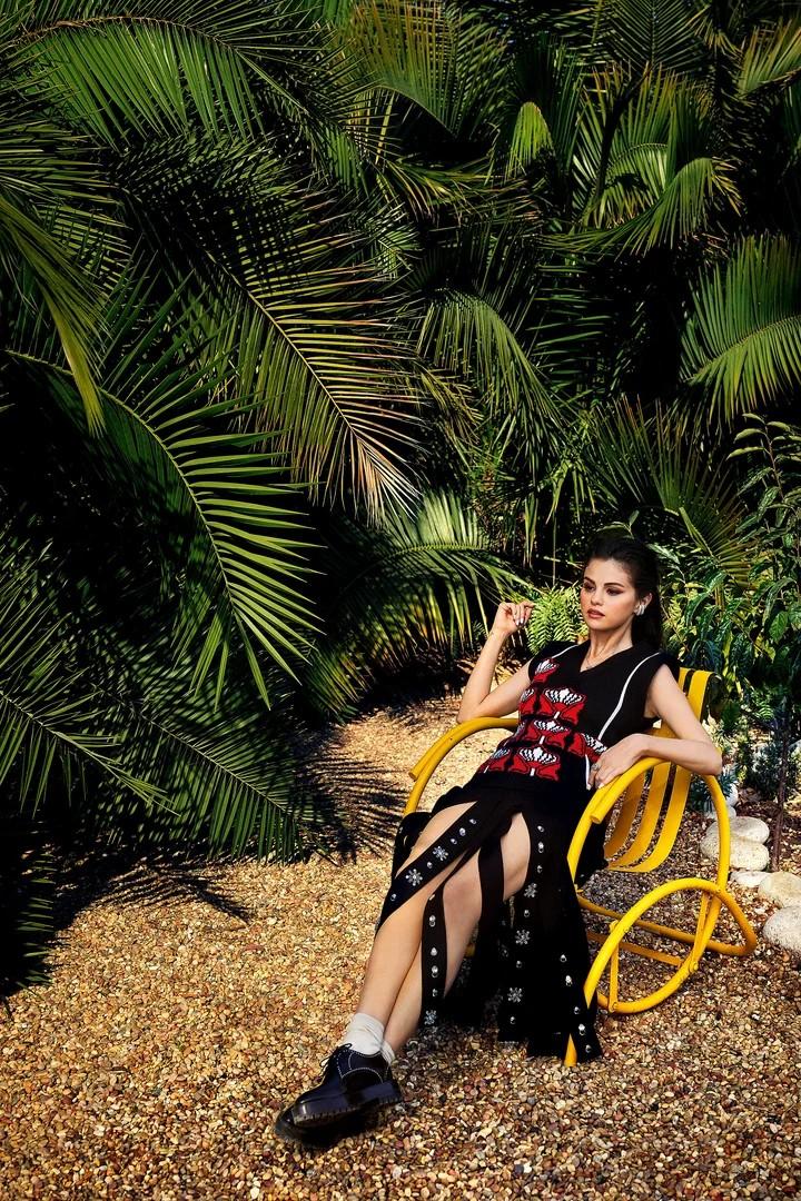 selena gomez, singer, and vogue image