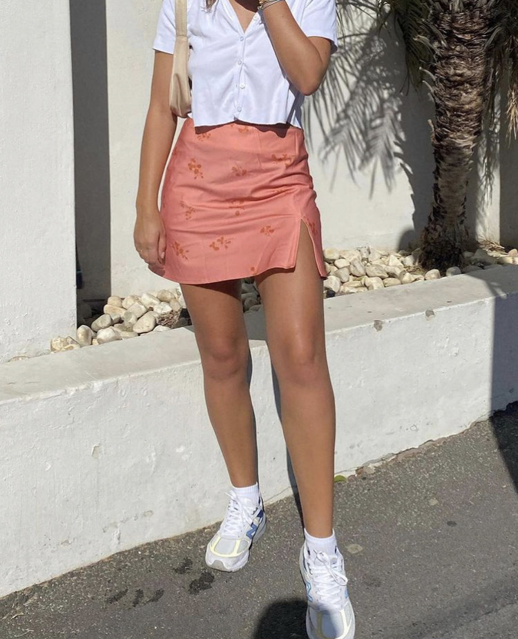 button up shirt, street style, and everyday look image