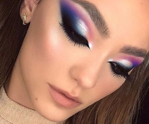 Awesome makeup art.........✨