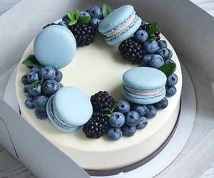 Beautyful blueberry vanilla cake........,,🍰🥄💎