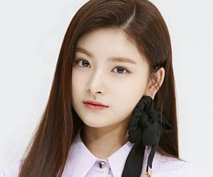 icon, yiren, and kpop image