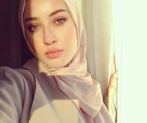 arabs, muslim woman, and arab girl image