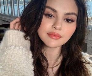 celebrity, makeup, and fashion image