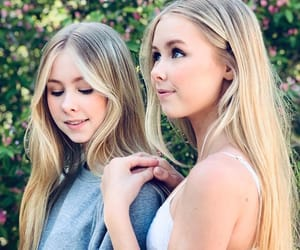 Elle, elizfamily, and twins image