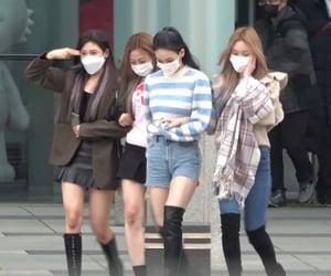girls, giselle, and karina image