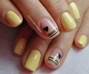gelish, yellow, and uñas image