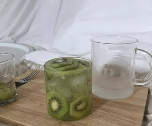 aesthetic, kiwi, and fruit image