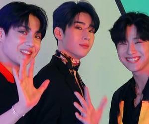 boys, kpop, and x1 image
