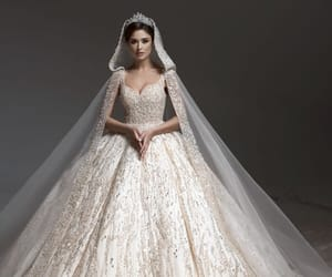 detail, fashion, and couture nuptiale image
