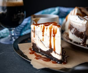 Chocolate Stout Salted Caramel and Peanut Butter Cup Ice Cream Pie - The Beeroness