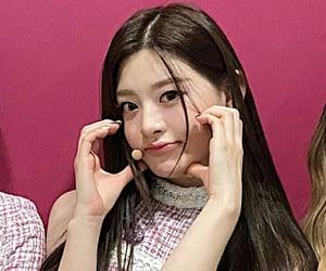 stayc, seeun, and yoon seeun image