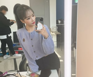 kpop, girlgroup, and iz*one image