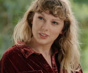 Taylor Swift, celebrity, and folklore image