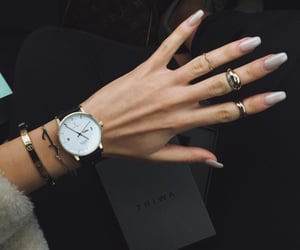 blogger, gold, and jewelry image