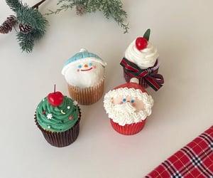 christmas, cupcake, and desserts image
