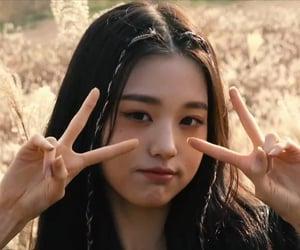 ggs, izone wonyoung, and izone image