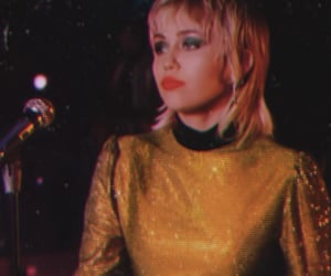 miley cyrus and plastic hearts image