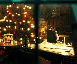 christmas tree, hug, and cillian murphy image