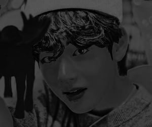 kim, lulu, and bts image