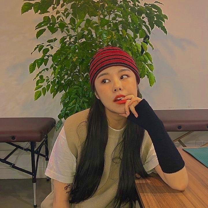 wheein, mamamoo, and kpop image