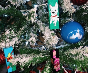alice in wonderland, Cheshire cat, and christmas image