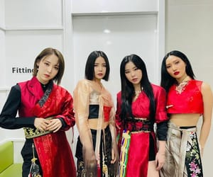 korean, kpop, and mamamoo image