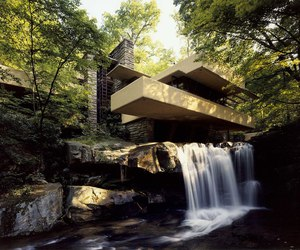architecture and falling water house image
