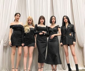 fashion, gfriend, and girl group image
