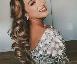beauty, smile, and ally brooke image