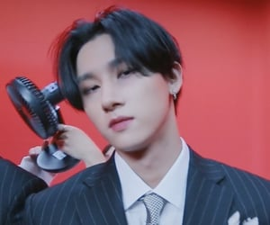 lq, low quality, and changkyun image