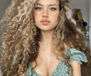 curly, curly hair, and gorgeous image