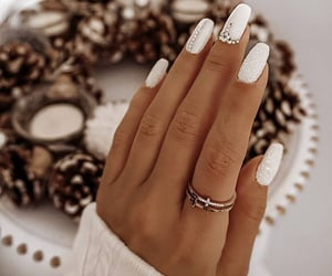 Elegant nails 😍