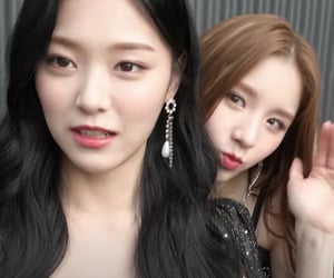 heejin, 2jin, and kim hyunjin image