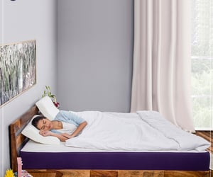 article, back pain mattress, and white pillows online image