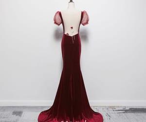 formal dresses, mermaid dress, and evening dress image