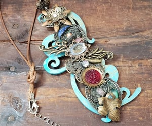 vintage findings, handcrafted necklaces, and preloved findings image
