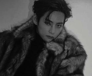 black and white, idol, and kim taehyung image