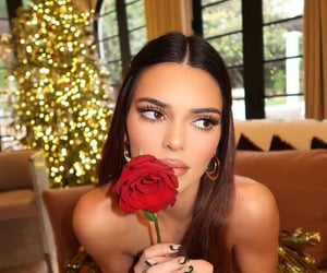 fashion, make up, and kendall jenner image