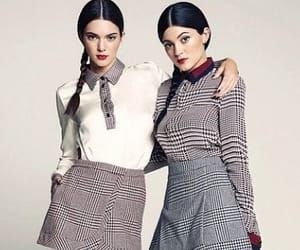 kendall jenner, kendall jenner pics, and kylie jenner image