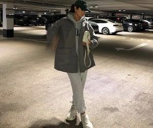 streetwear, everyday look, and grey sweatpants image