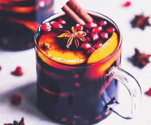 mulled wine and drinks image