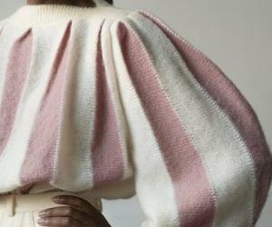 belleza, jersey, and moda image