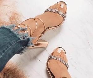 high heels, moda, and salto alto image