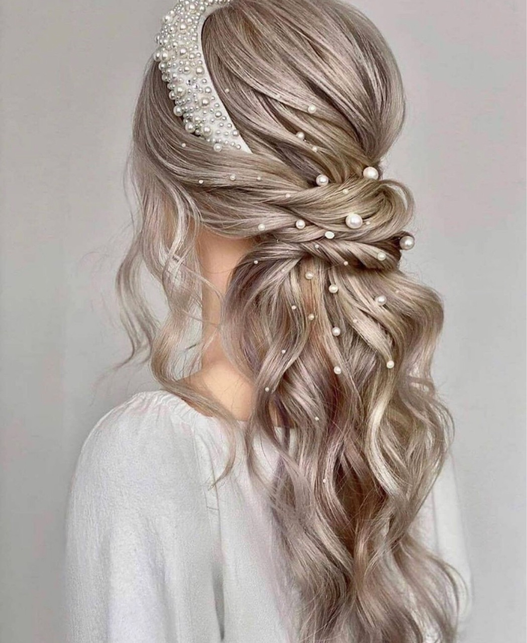 bride, hair style, and pearls image