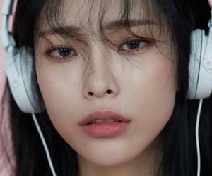 heize, jang dahye, and k-soloist image