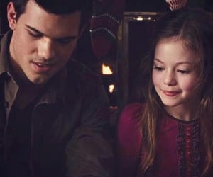 black, cullen, and renesmee image