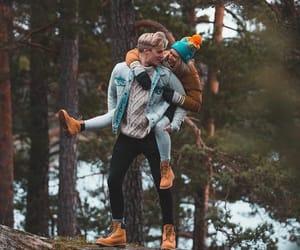 couple, hug, and lové image