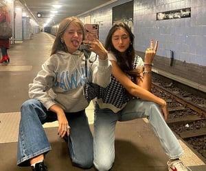 aesthetic, métro, and beautiful image